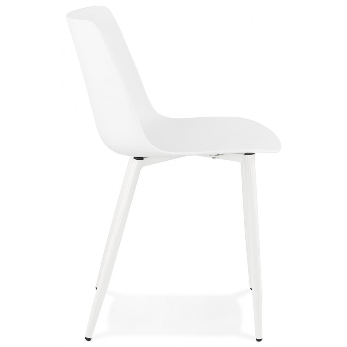 Comment Nettoyer Des Chaises En Plastique Blanc chaise en plastique blanche dossier rectangulaire flox plus de détails