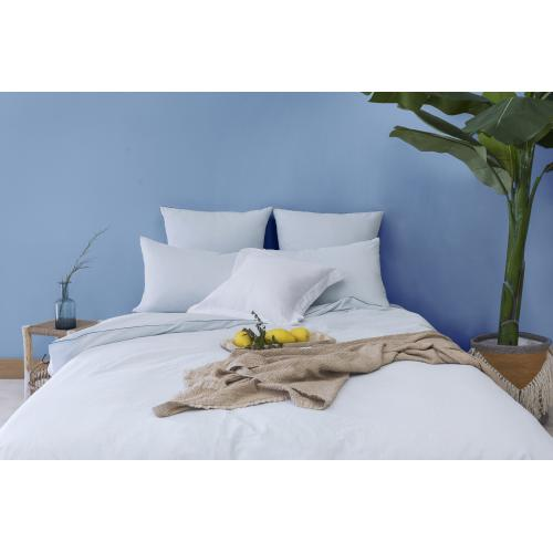 L'Officiel Interiors - Les signatures - Linge de lit couleurs pastel