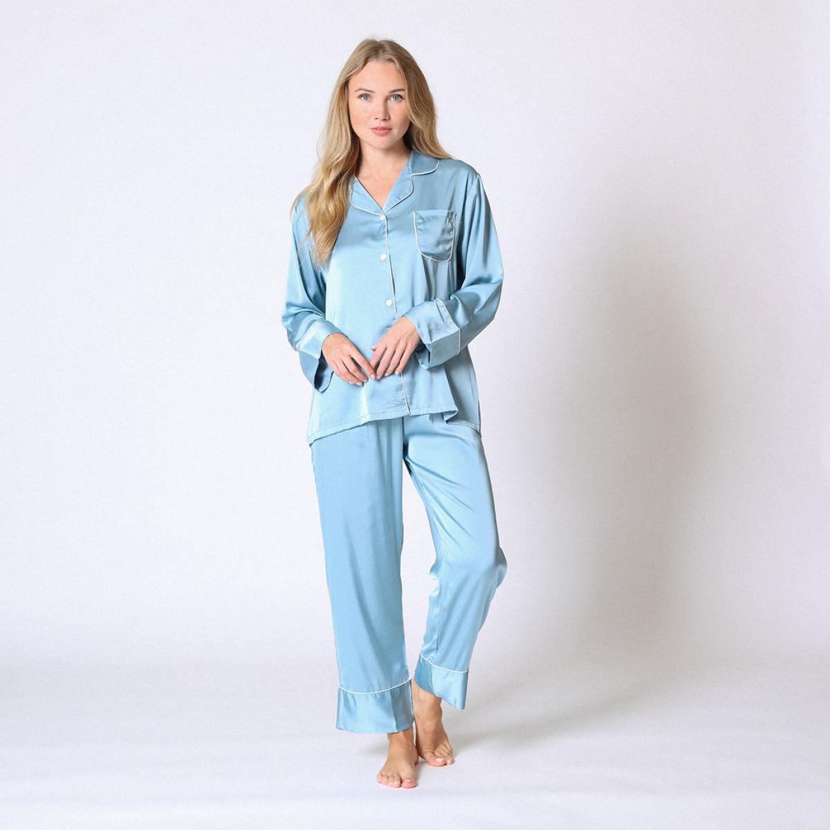 Promo : Pyjama manches longues satin bleu - Midnight Lingerie - Modalova