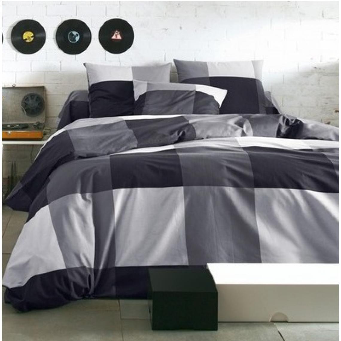 144e966044d65 Housse de couette en pur coton imprimé KUBIKAL - Noir 3 SUISSES Collection  Linge de maison