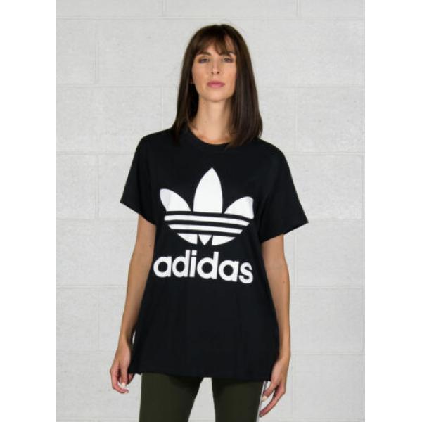 T shirt adidas Originals Plus de détails