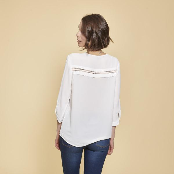 Blouse 3S. x Basics