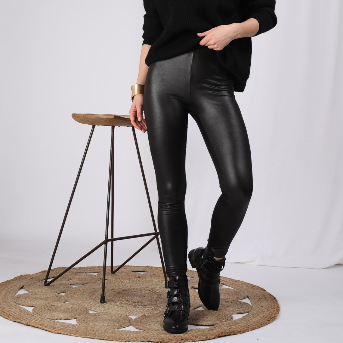 Legging élastique brillant femme Noir 12 Avis Plus de détails