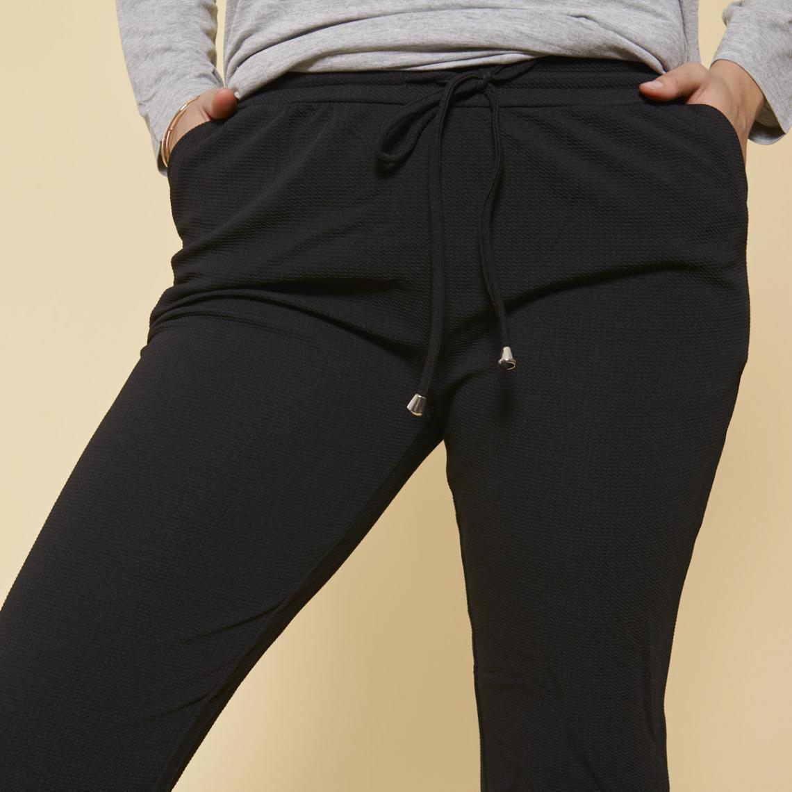 27ab7a6f0d9 Pantalon taille élastique et cordon poches grandes tailles femme - Noir 3  SUISSES
