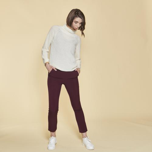 1cdc4b47348 3 SUISSES - Pantalon taille élastique et pinces dos femme - Lie De Vin -  Mode