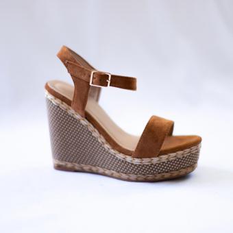 Sandales compensées effet daim Estelle
