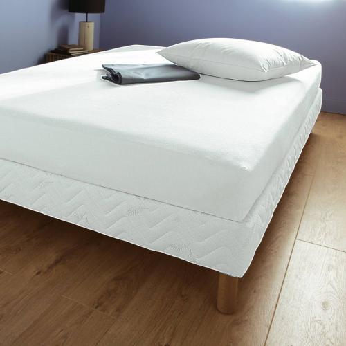 al se forme drap housse en molleton trait e aegis sp cial matelas pais 3 suisses collection. Black Bedroom Furniture Sets. Home Design Ideas