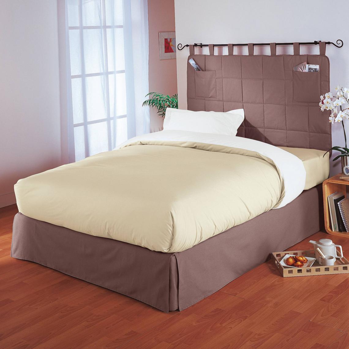 Tête de lit matelassée avec 2 poches | 3 SUISSES