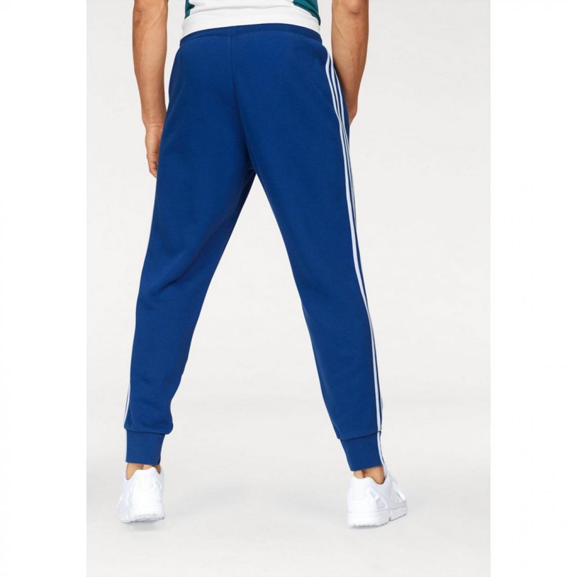 Pantalon de survêtement homme adidas Originals® - Bleu Pantalons de sport  homme 9d11cc7a175