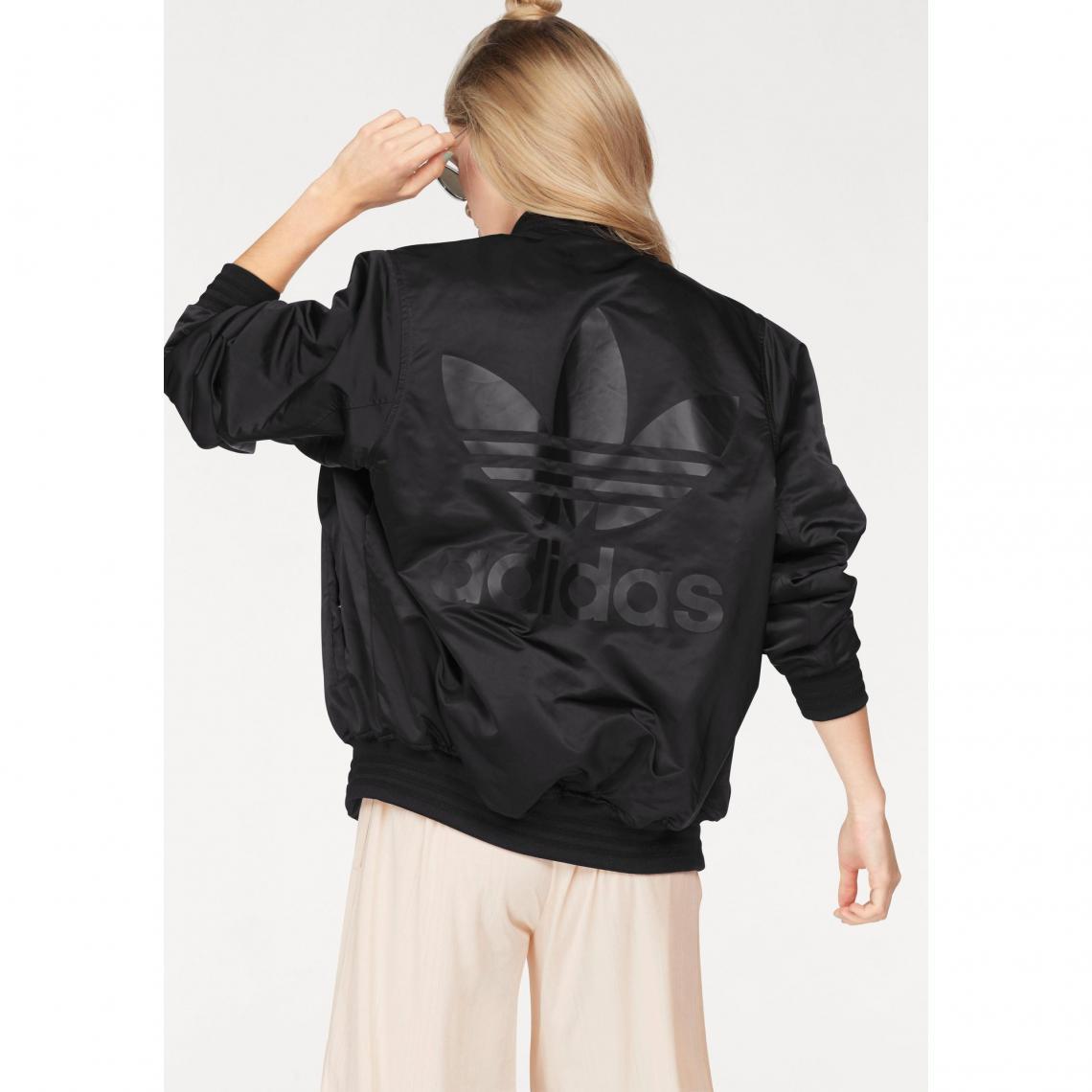 Blouson rembourré Stlying Compliments Jacket SST femme adidas ... 3f607377a73