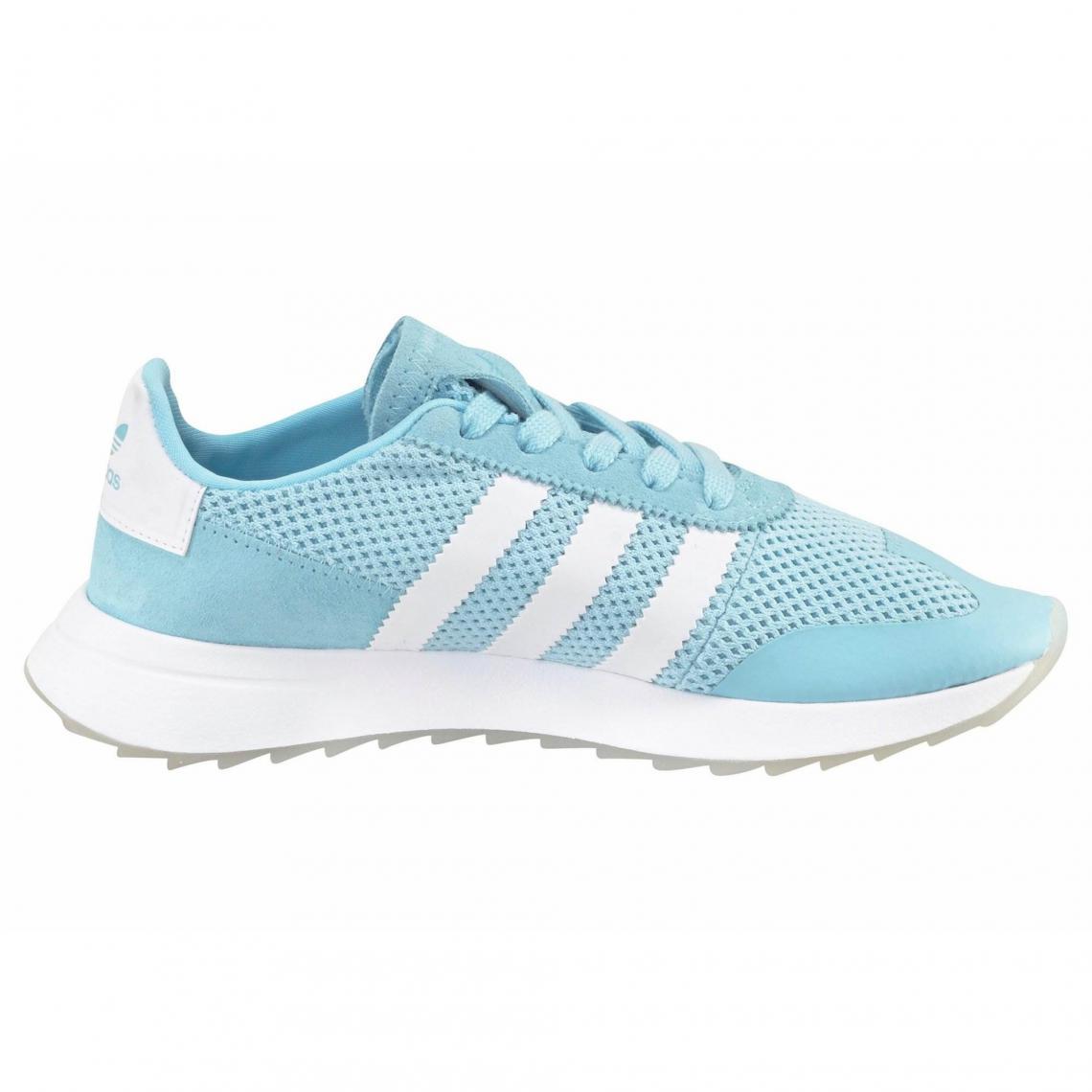 cf92ae122f498 Sneaker Originals Flashback W femme adidas - Bleu Pastel | 3 SUISSES