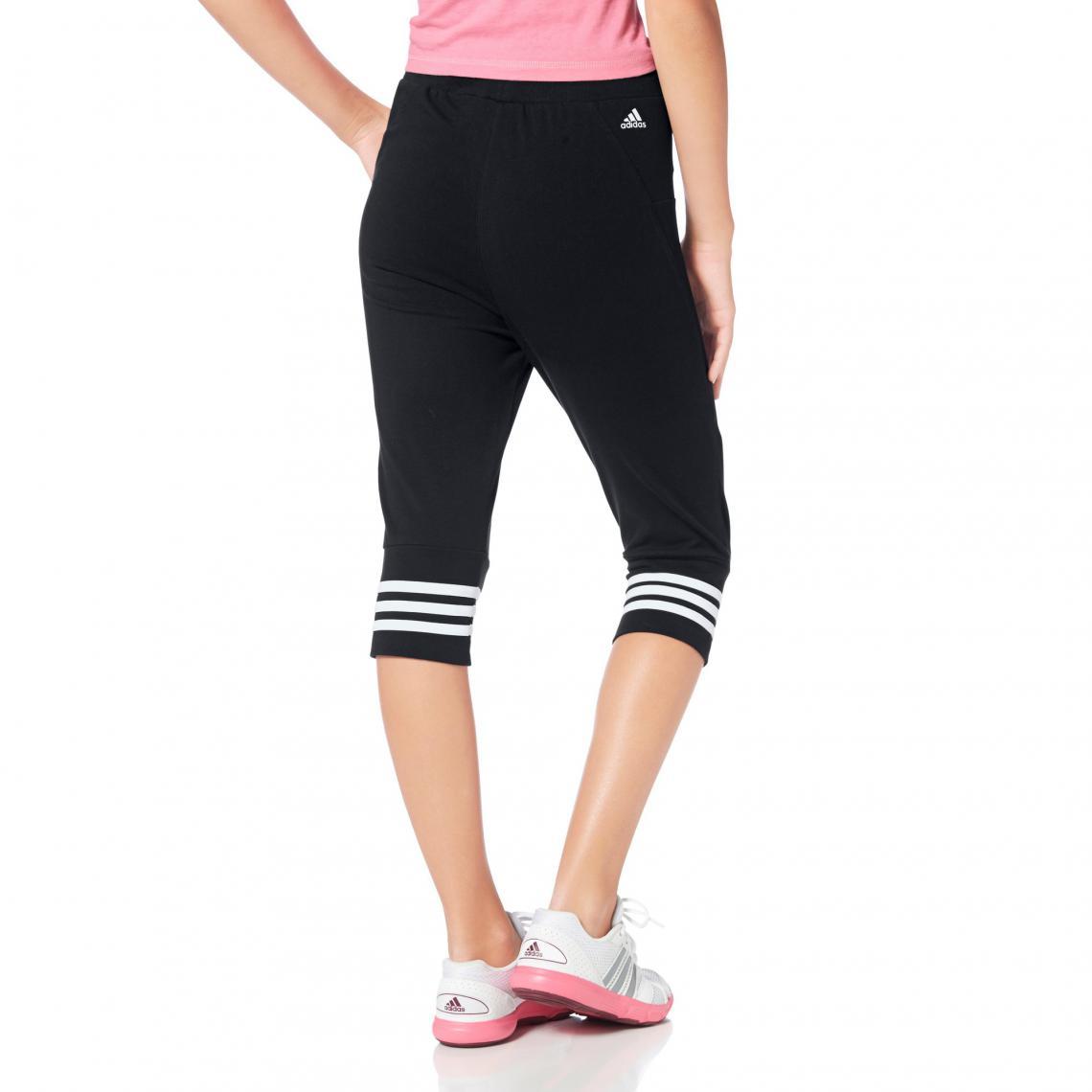Shorts sport fille Adidas Performance Cliquez l image pour l agrandir.  Pantacourt de sport taille élastiquée ... ef724029264