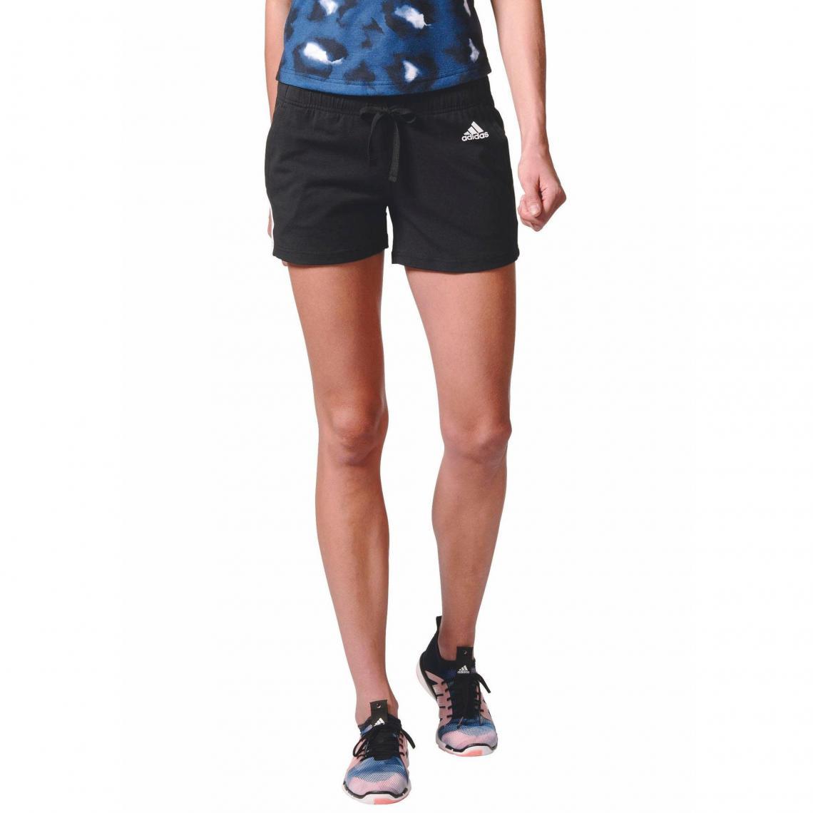 Short court femme Essentials 3 Stripes Short adidas Performance - Noir -  Blanc Adidas Performance Femme 2d8708ff5a2