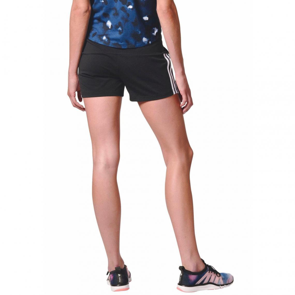 Shorts de sport femme Adidas Performance Cliquez l image pour l agrandir. Short  court femme Essentials 3 Stripes ... 892fe02c993