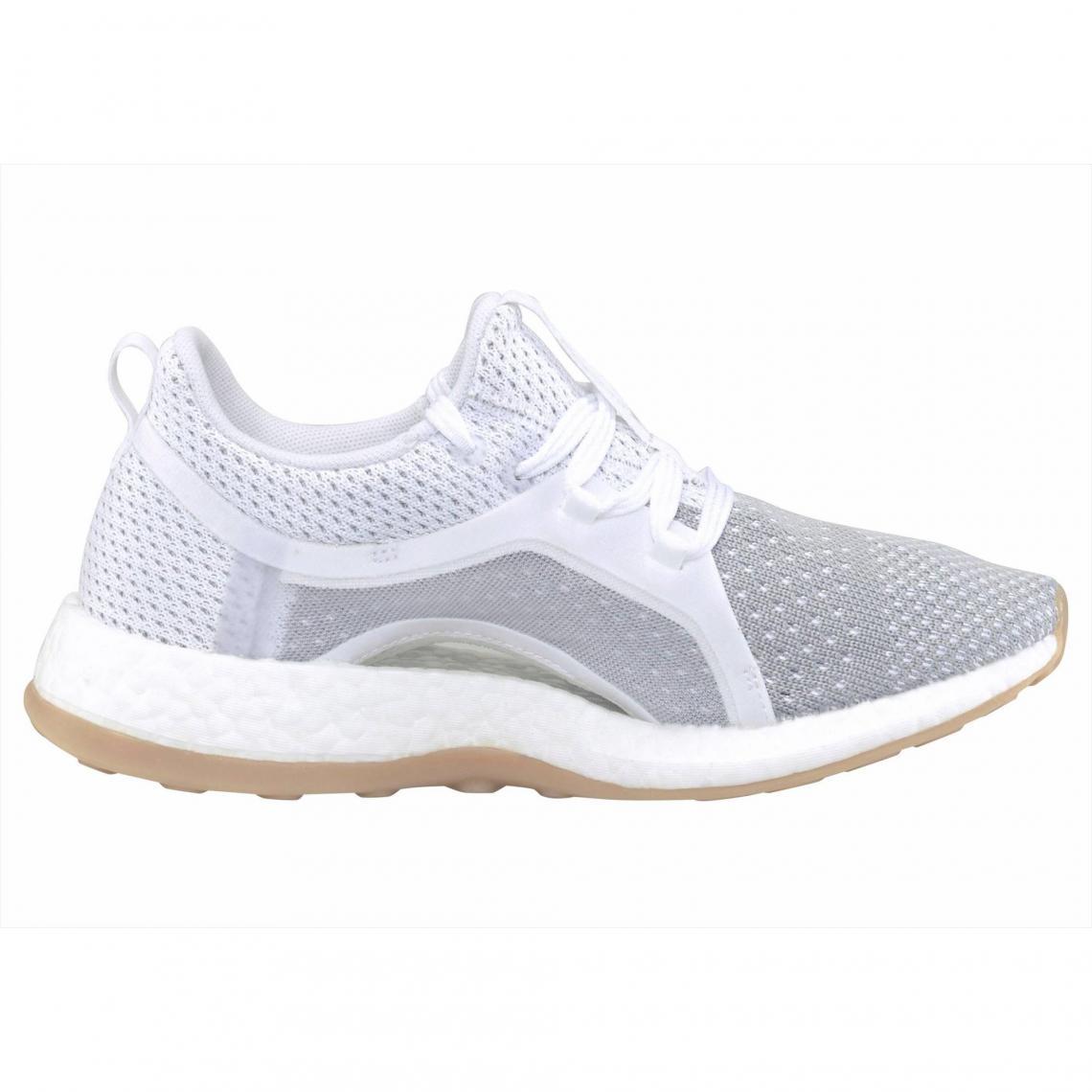 premium selection d87f7 98cb5 Sneakers Adidas Performance Cliquez l image pour l agrandir. Chaussures de running  femme adidas Performance Pure Boost X ...