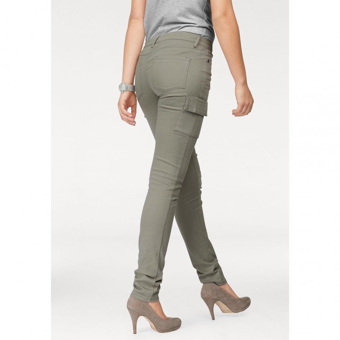 6e4e8581f0706 Jean skinny style cargo en twill coton/stretch femme Arizona - Roseau Vert