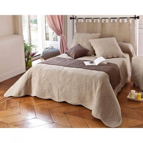 boutis couvre lit jet de lit 3 suisses. Black Bedroom Furniture Sets. Home Design Ideas