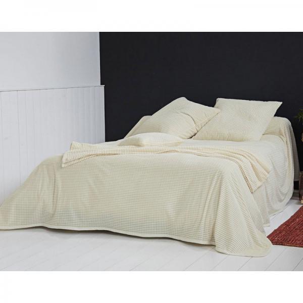 plaid ou jet de canap et jet s tuft s velours becquet blanc cru 3suisses. Black Bedroom Furniture Sets. Home Design Ideas