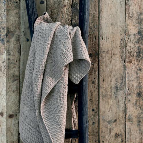 979f760baac Blanc des Vosges - Plaid en maille Torsades Blanc Des Vosges - Beige - Plaids  laine