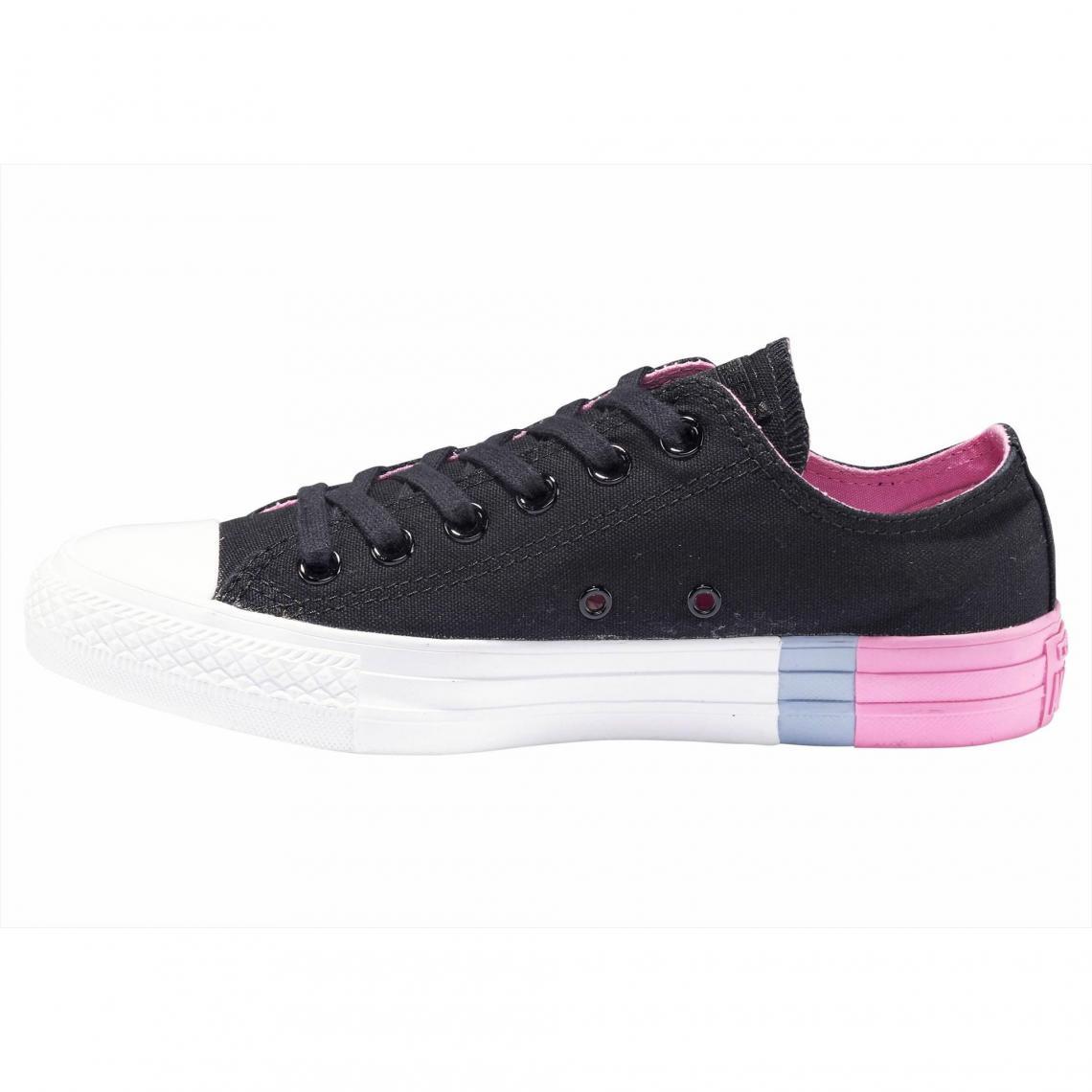 d419160af68 Sneakers Converse Cliquez l image pour l agrandir. Baskets basses femme  Converse Chuck Taylor All Star Ox Colorblock - Noir ...