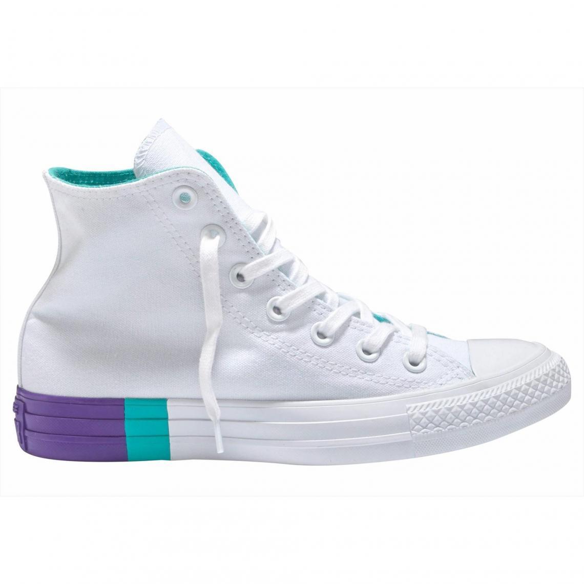 Toutes les chaussures Converse Cliquez l image pour l agrandir. Baskets  montantes femme Converse Chuck Taylor All Star Hi ... 1fb93183ca0f