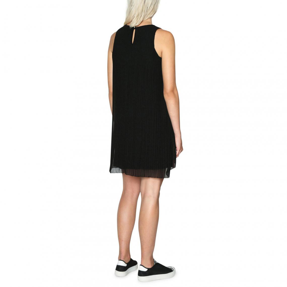 Robe Sans Manche Plissee Femme Desigual Noir 3 Suisses
