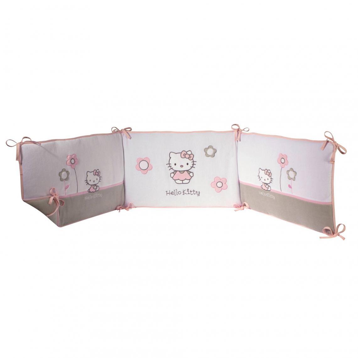 Tour de lit 3 panneaux HELLO KITTY Célestine - en velours - Multicolore  Hello Kitty Mobilier f8e381321d51