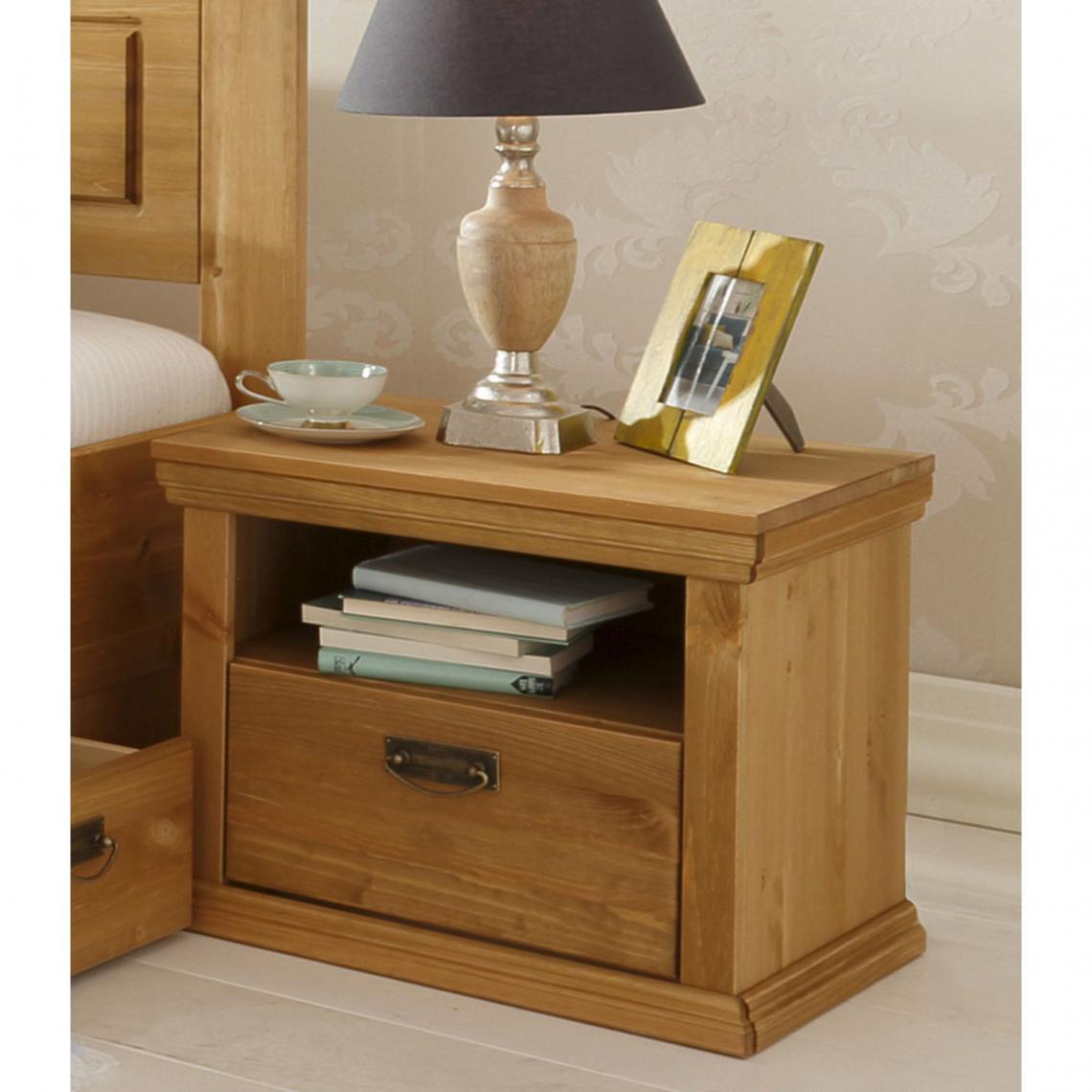 Table de chevet en pin massif madrid home affaire marron - Table de chevet classique ...