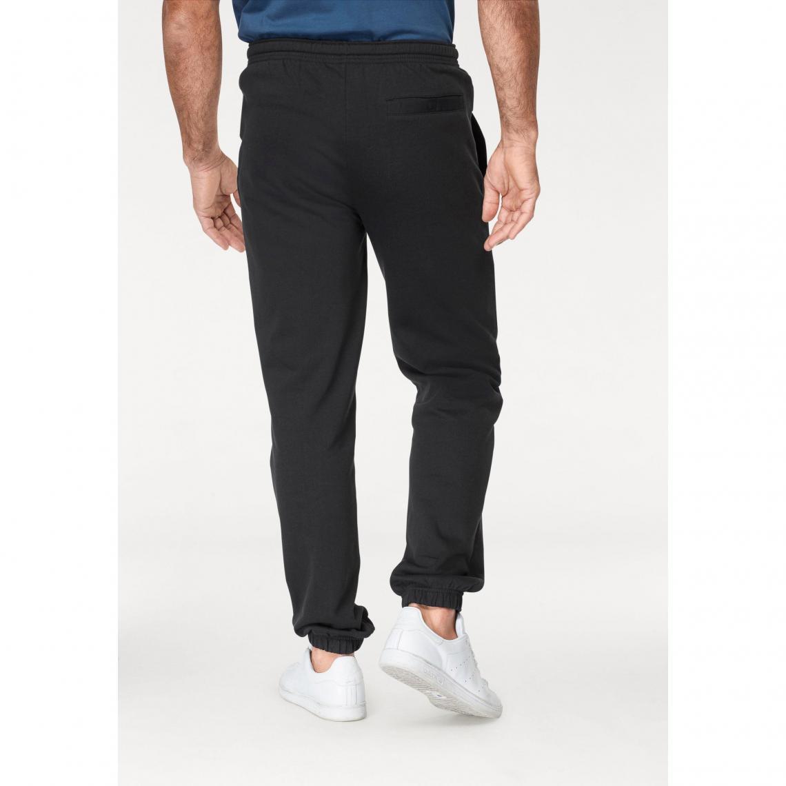 4fed7c4142378 Vêtements de sport Man s World Cliquez l image pour l agrandir. Pantalon de  jogging taille élastiquée homme Man s World - Noir ...