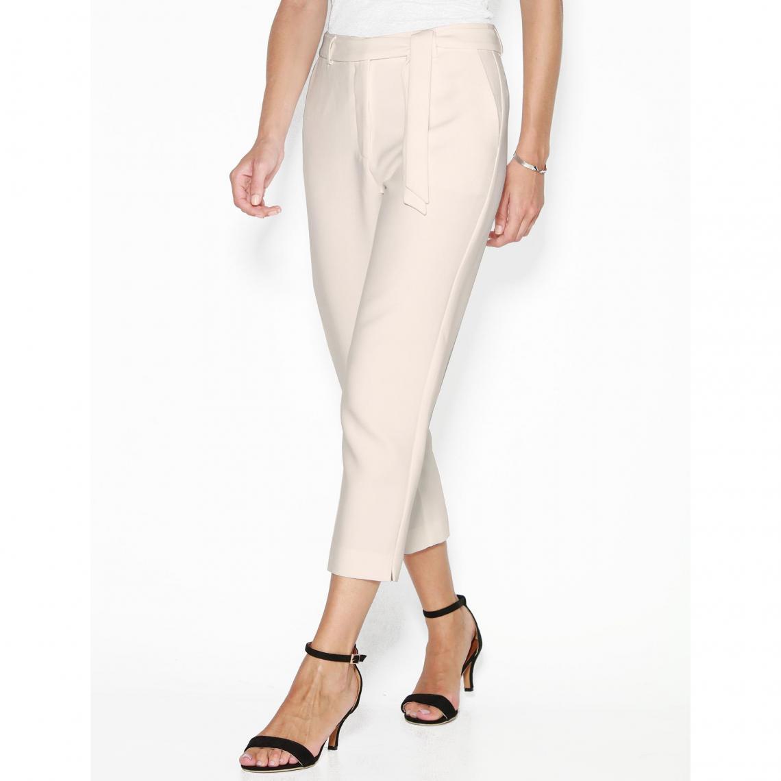 fdc165dfaea Pantalons larges femme 3 SUISSES Cliquez l image pour l agrandir. Pantalon  avec ceinture à nouer et bas fendus femme - écru ...