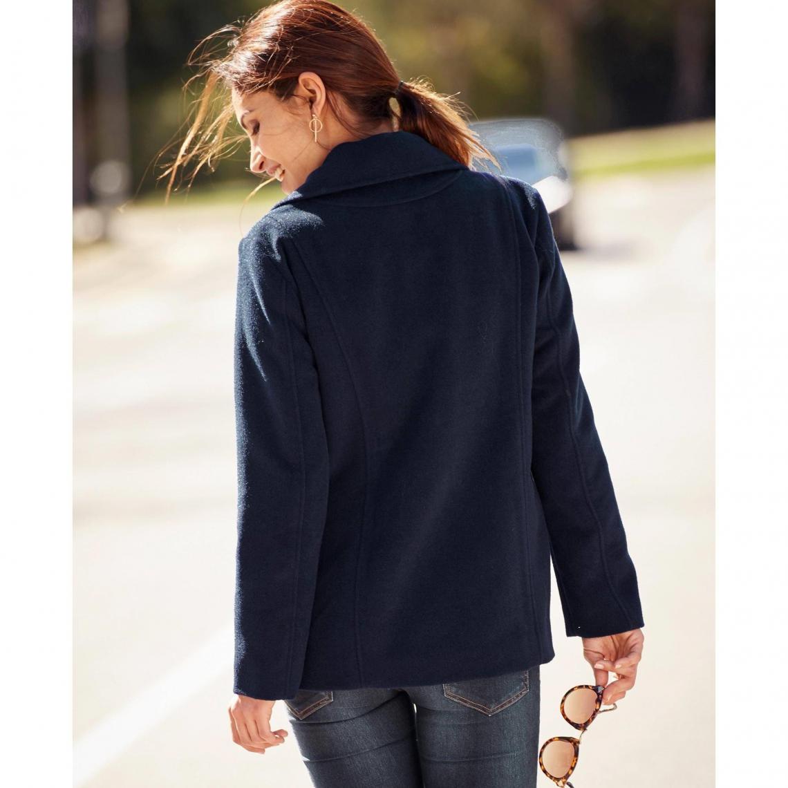 b98d79043b524 Manteaux femme 3 Suisses Cliquez l image pour l agrandir. Manteau court  évasé double boutonnage doublé femme Exclusivité 3SUISSES - Bleu Marine ...
