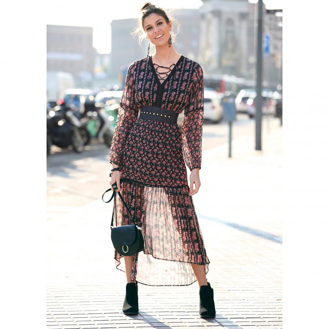 Promo : Robe longue asymétrique imprimée manches longues et dentelle - Imprimé Noir - 3 SUISSES - Modalova