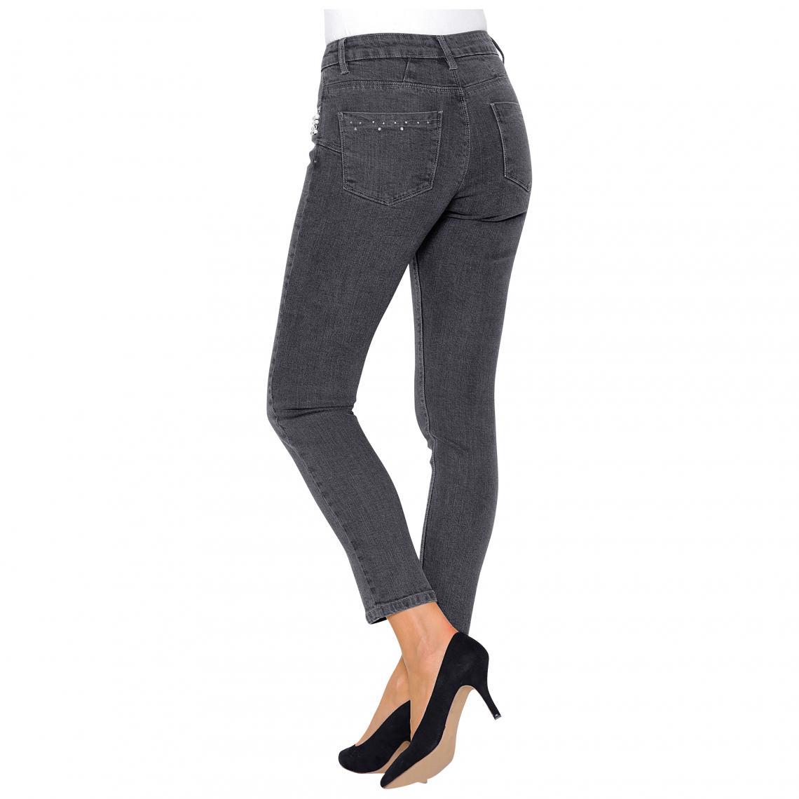 9e65305b18ec Jeans brodés femme 3 SUISSES Cliquez l image pour l agrandir. Jean skinny  taille haute perles et strass fantaisie femme - gris ...