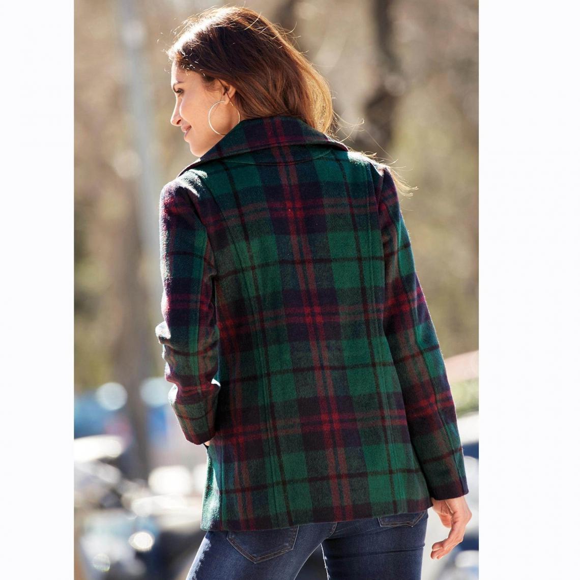 2e688096f86b Manteaux femme 3 SUISSES Cliquez l image pour l agrandir. Manteau court  évasé double boutonnage doublé femme - Vert ...