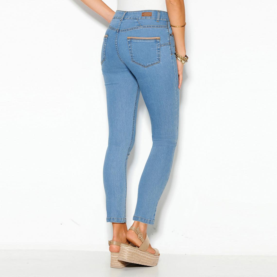 2112e9490166 Jeans skinny femme 3 SUISSES Cliquez l image pour l agrandir. Jean skinny 5  poches taille haute femme - Bleu Ciel ...