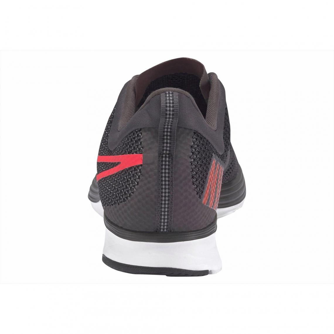 new style 8b41c 3a766 Baskettes de running NIKE Zoom Strike pour homme - Gris Anthracite - Orange  Nike