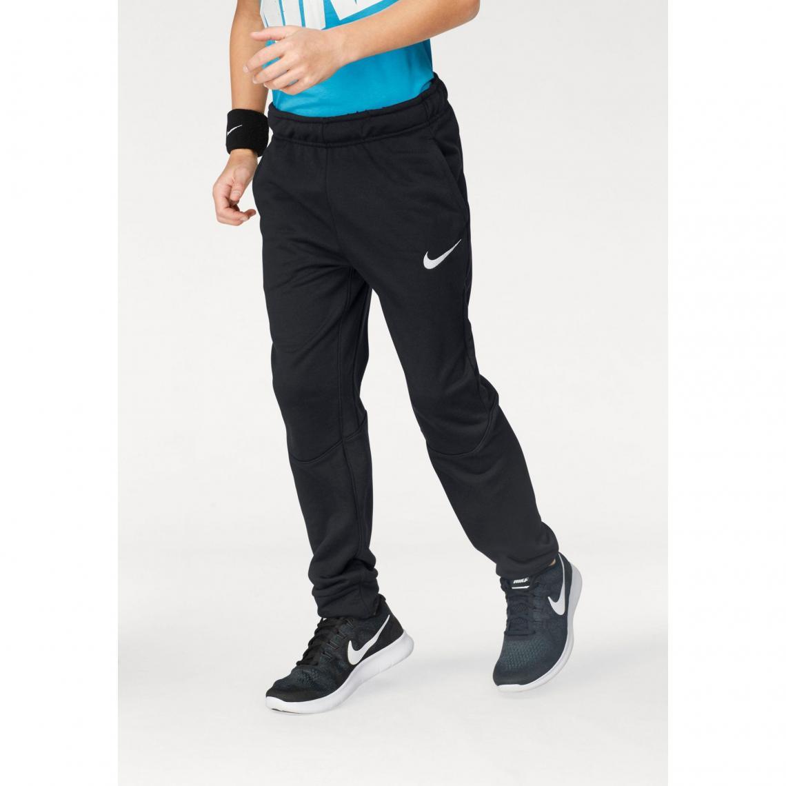 well known catch best sale Pantalon de survêtement garçon Nike - Noir | 3 SUISSES