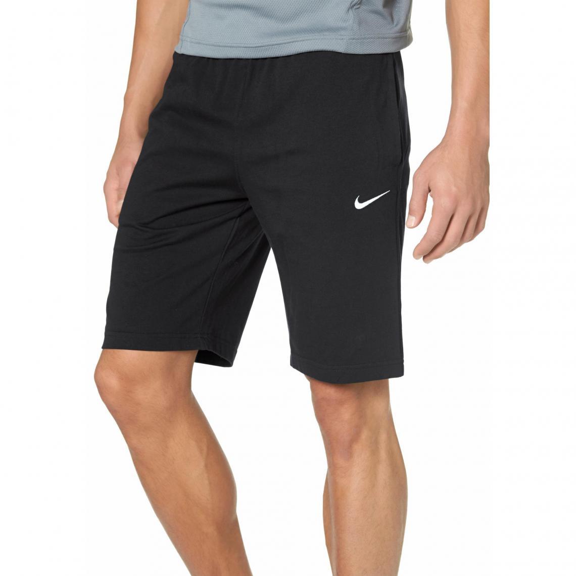 acheter en ligne 7afd0 805b9 Short de Sport pour Homme NIKE - Noir | 3 SUISSES