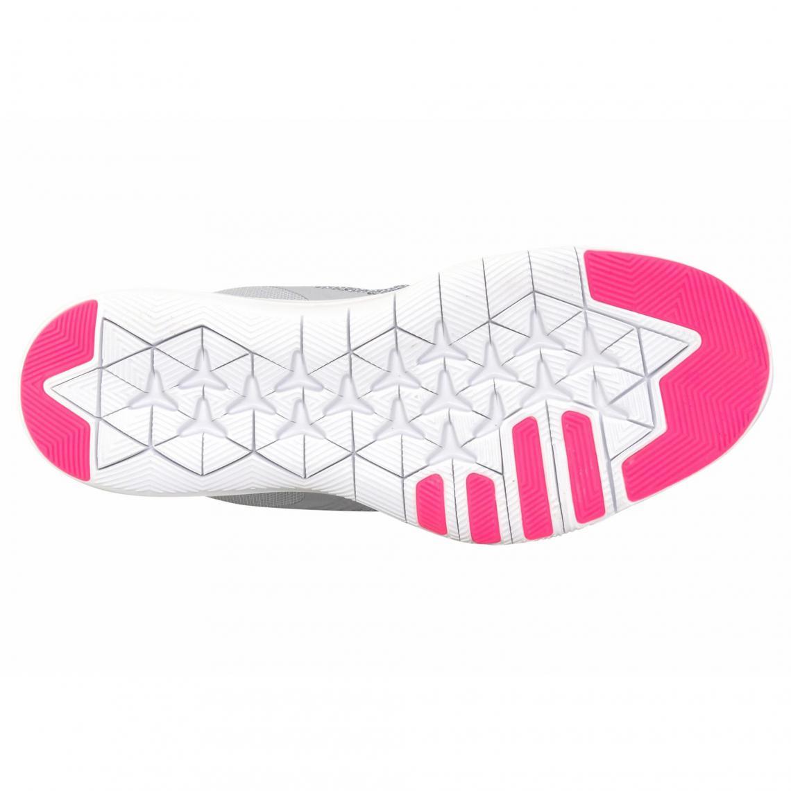 Chaussures de sport Nike Cliquez l image pour l agrandir. Chaussures de  running Flex Trainer 7 Nike pour femme - Gris ... 0b8a59ab8554