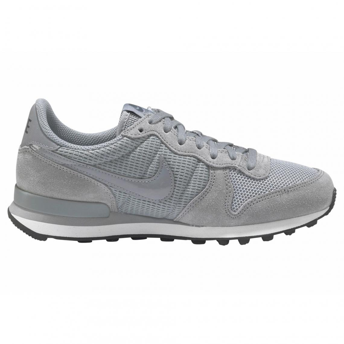 new product 9eec9 7bd5c Nike Internationalist chaussures de sport femme - Gris Moyen   3 SUISSES