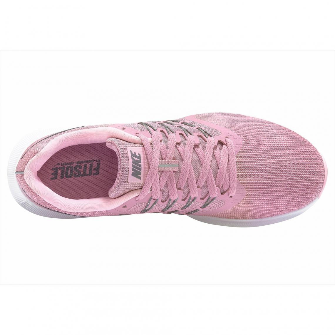 0140133ddce7 Baskets Nike Cliquez l image pour l agrandir. Chaussures de running femme  Nike Run Swift - Rose Sombre Nike