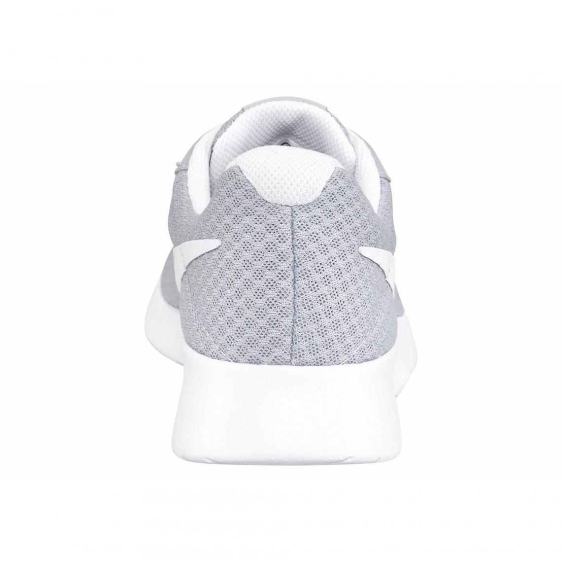 Blanc Femme Tanjun Sneakers Gris Nike 3suisses B4SIqWP