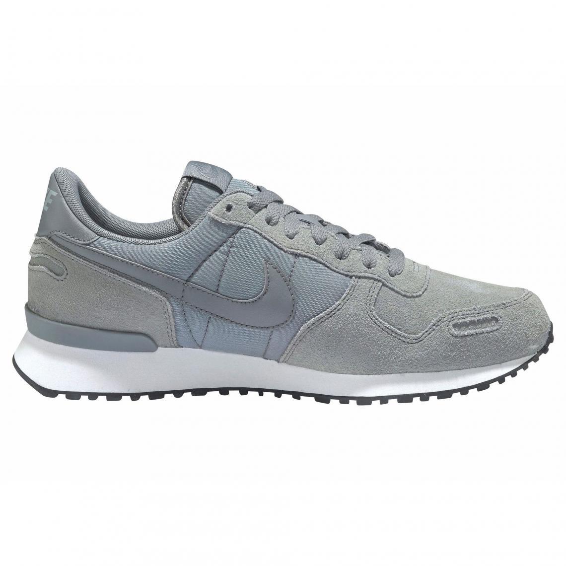 newest 7d9f4 1035e Toutes les chaussures Nike Cliquez l image pour l agrandir. Chaussures de sport  homme Air Vortex NIKE - Gris Nike