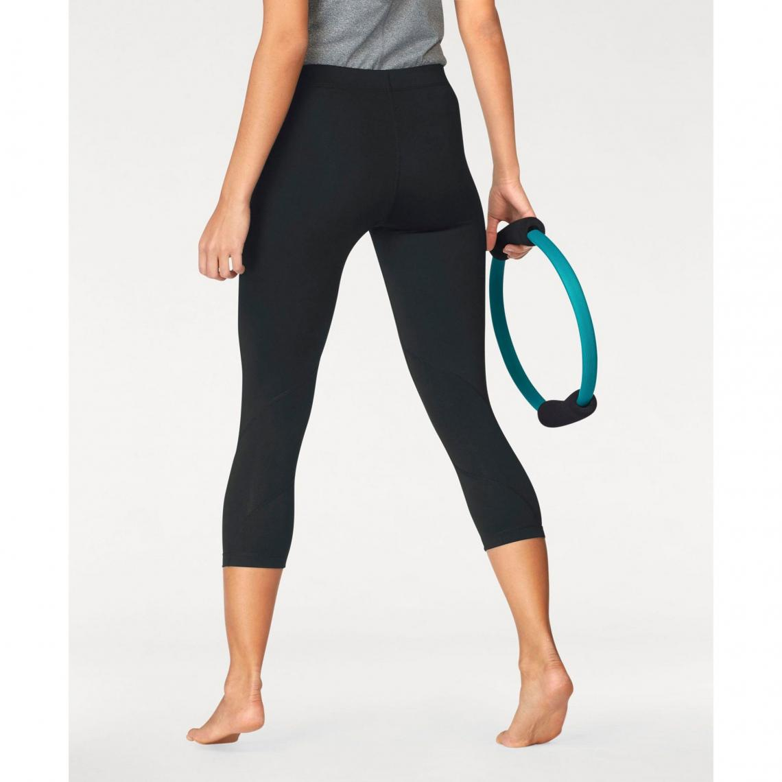 4f7a074110e37 Collant de training 7 8 femme Nike Pro - Noir   3Suisses