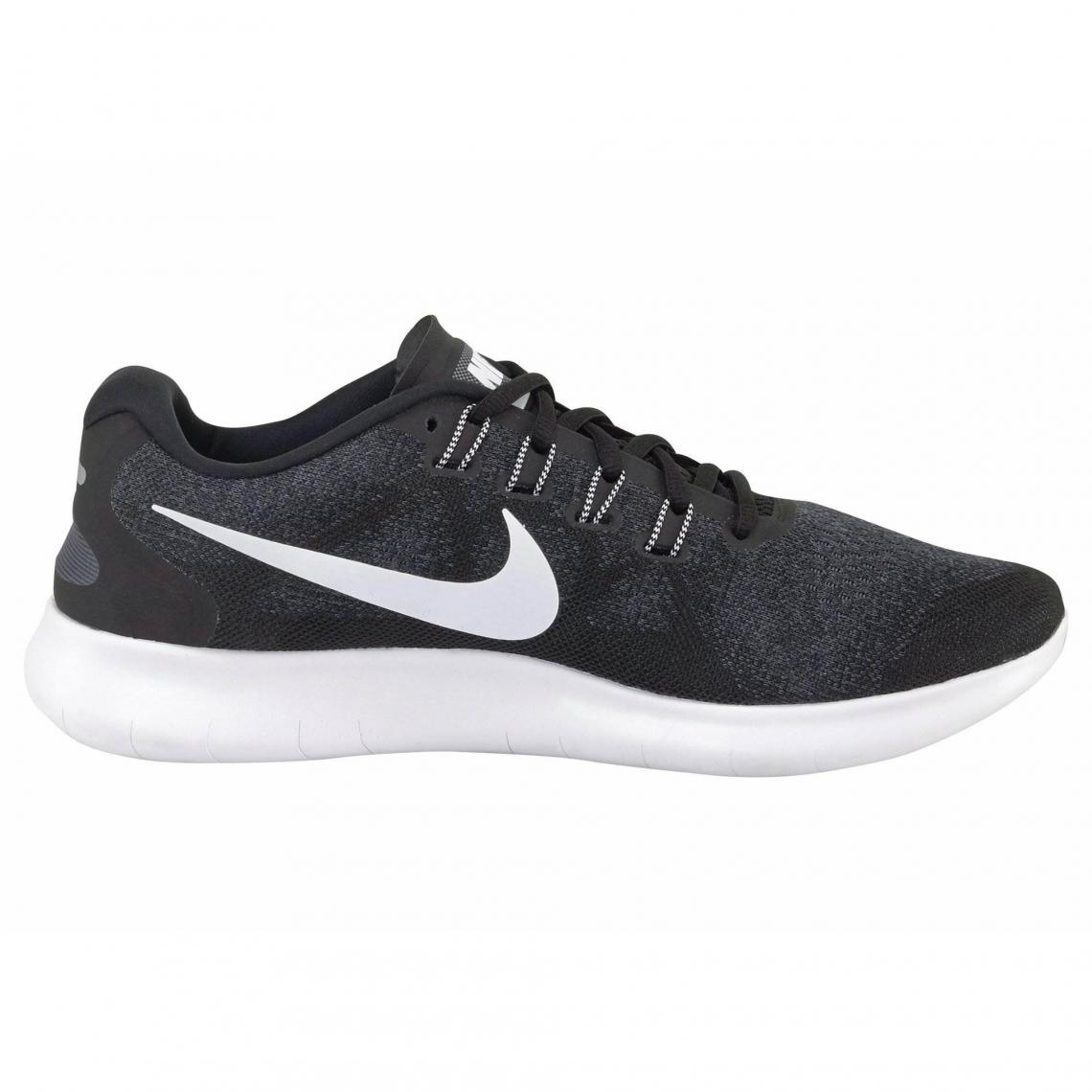 chaussures nike femme noire