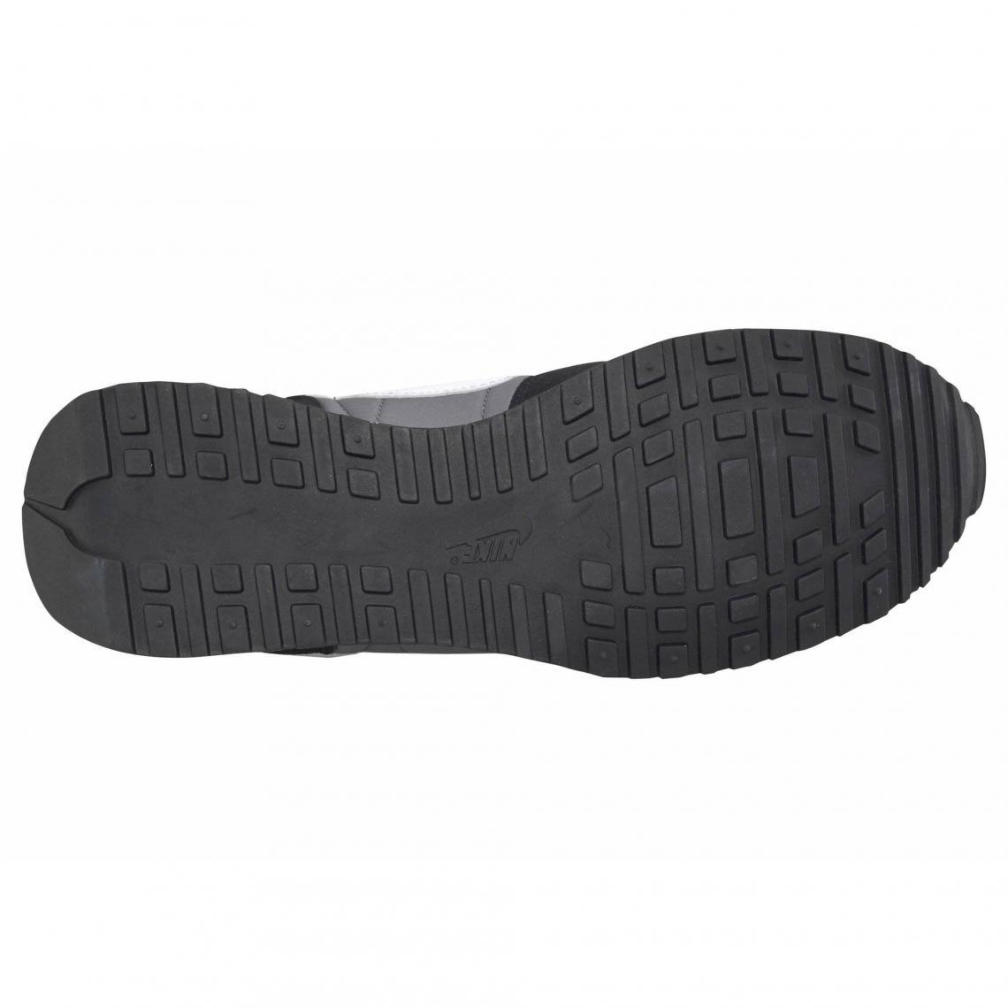 4e5ebf6b087 Nike Air Vortex chaussures de running homme - Noir - Gris Nike
