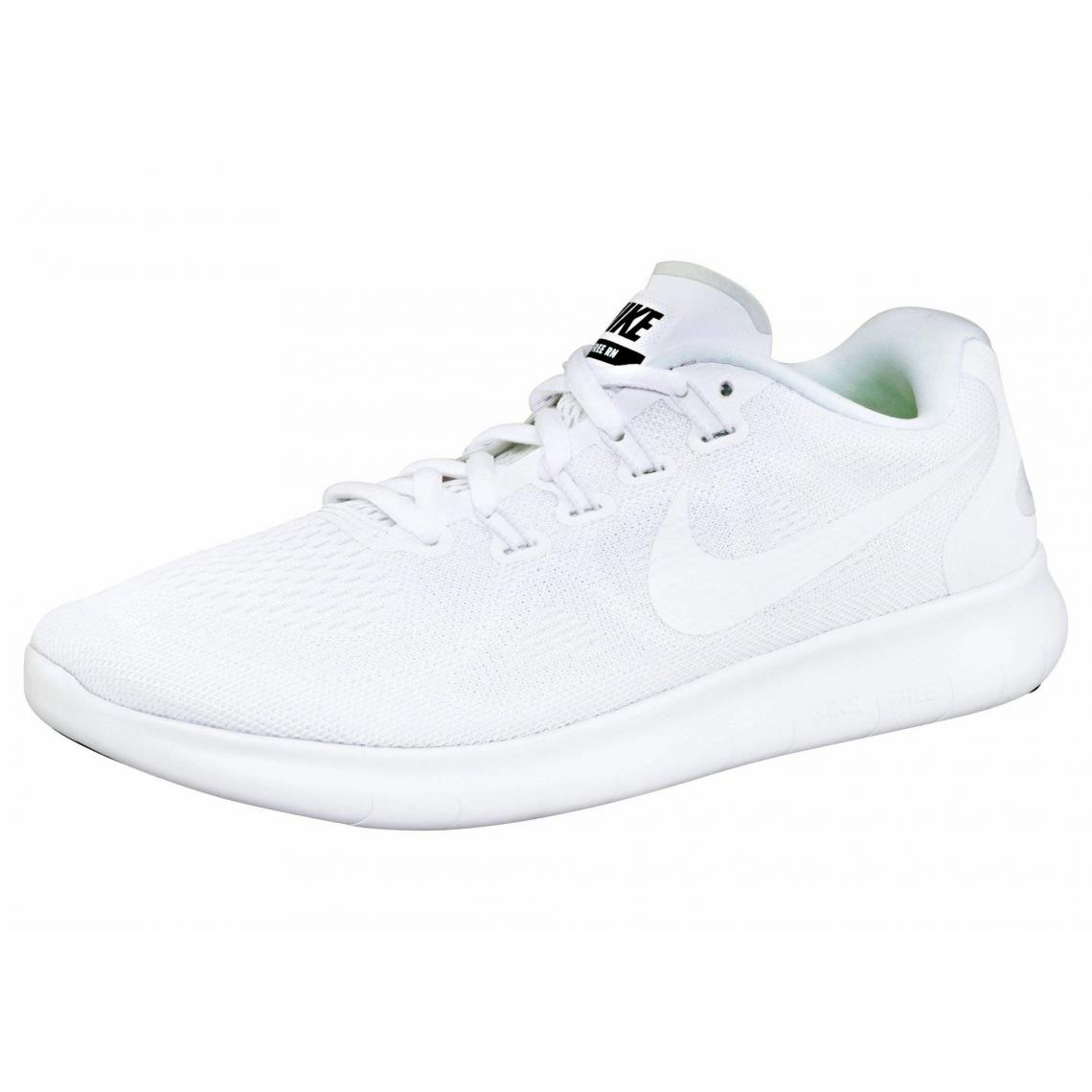 on sale 82c9a b17b5 Chaussures de sport Nike
