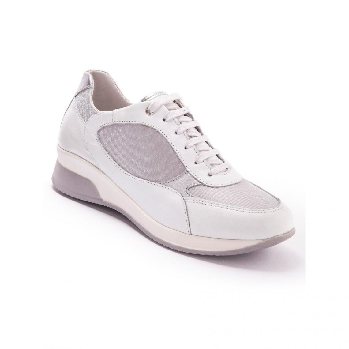 offre obtenir de nouveaux sur des coups de pieds de Baskets en cuir Pédiconfort - Rose   3 SUISSES