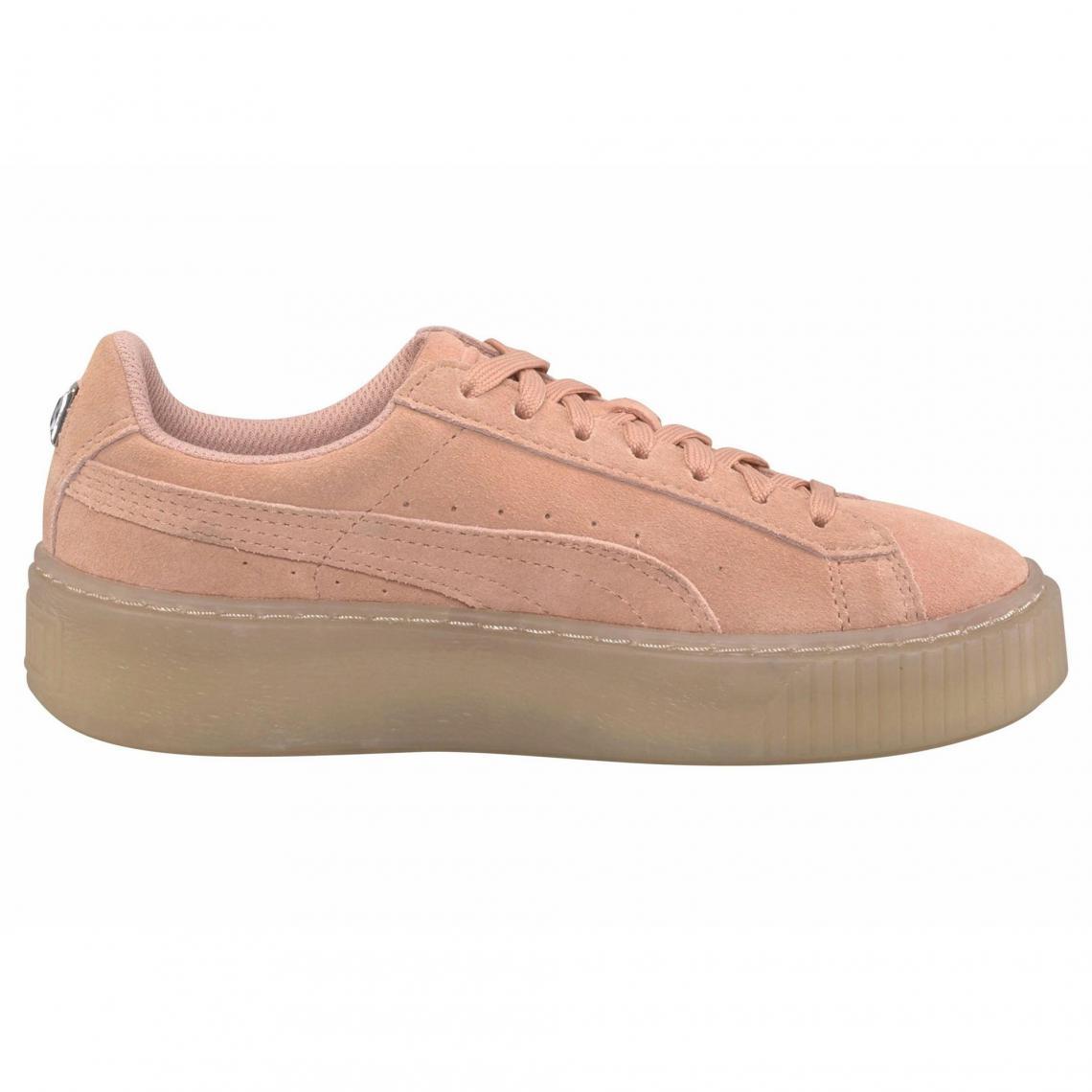 c58c9a7ff1497 Chaussures fille Puma Cliquez l image pour l agrandir. Sneakers junior Suede  Platform ...