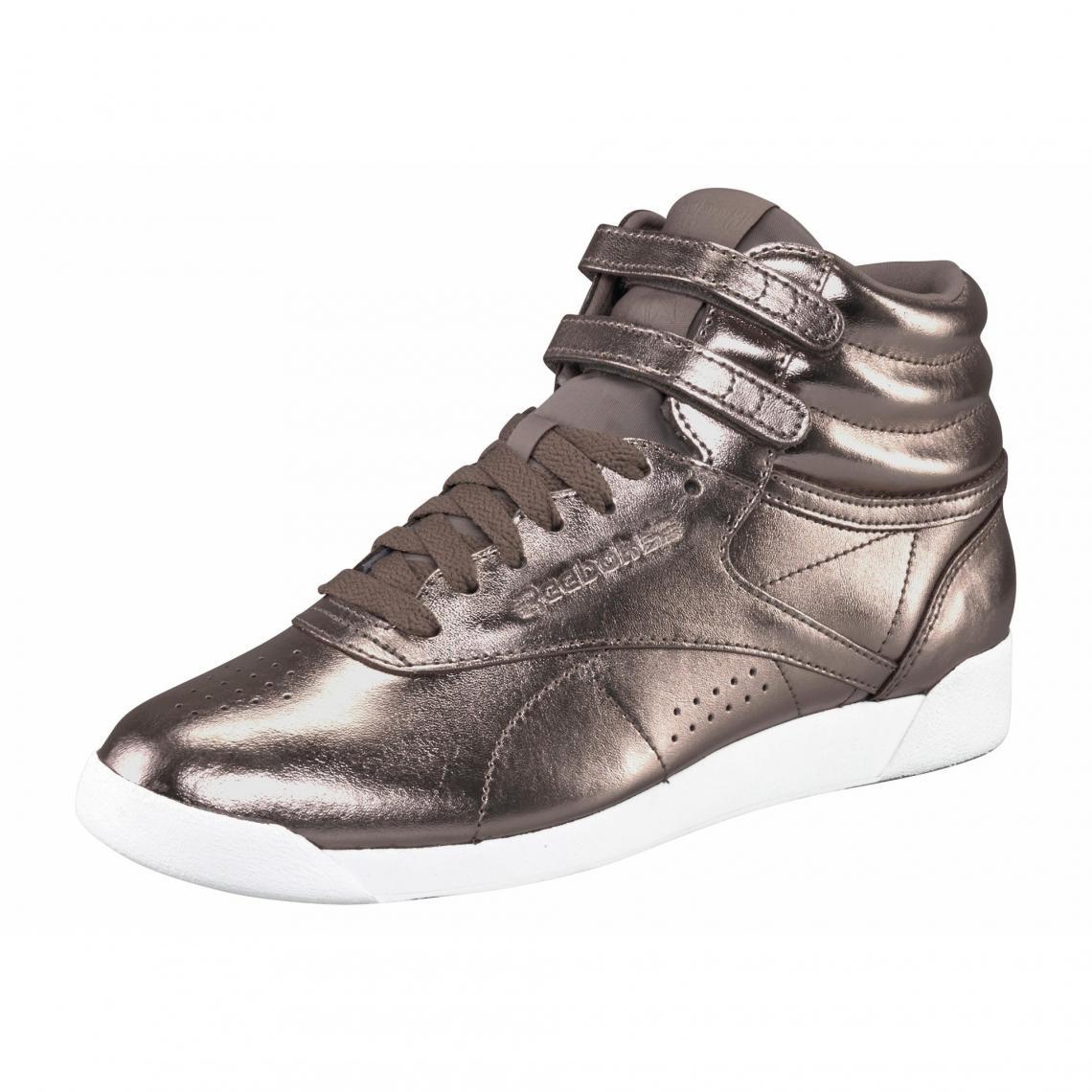 0519a444ce6e1 Reebok Freestyle Hi Metallic chaussures de running femme - Or Rosé Reebok  Femme